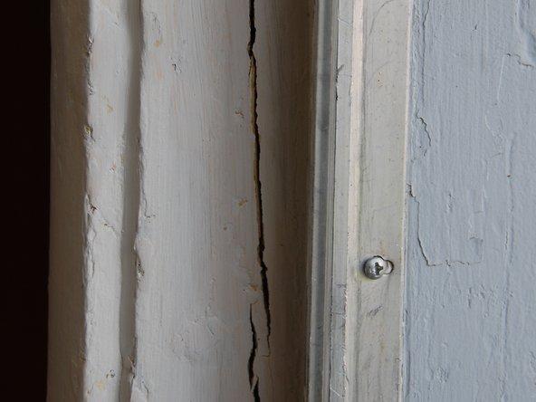 How to Fast Fix Cracked Door Jamb