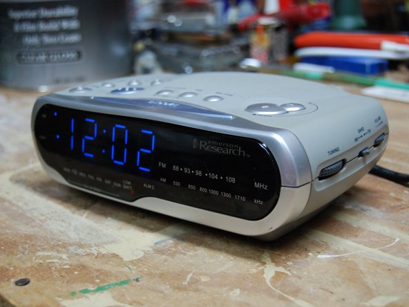 The Emerson Research SmartSet alarm clock automatically sets the time through the power of black magic and voodoo when plugged in.