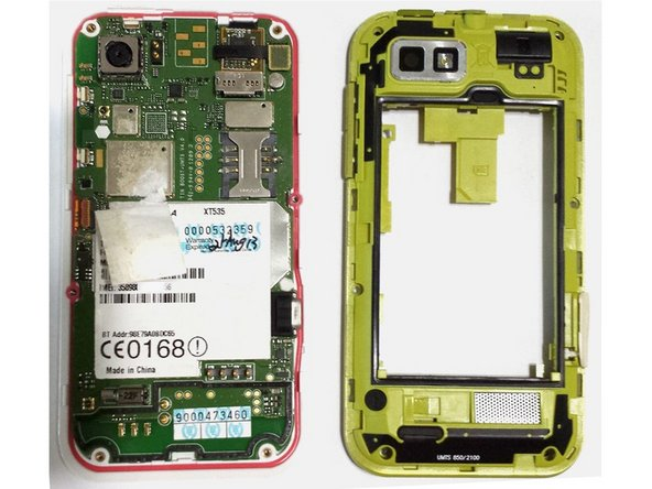 Open the green case part by yours fingernail from left side to the right side with the usb socket