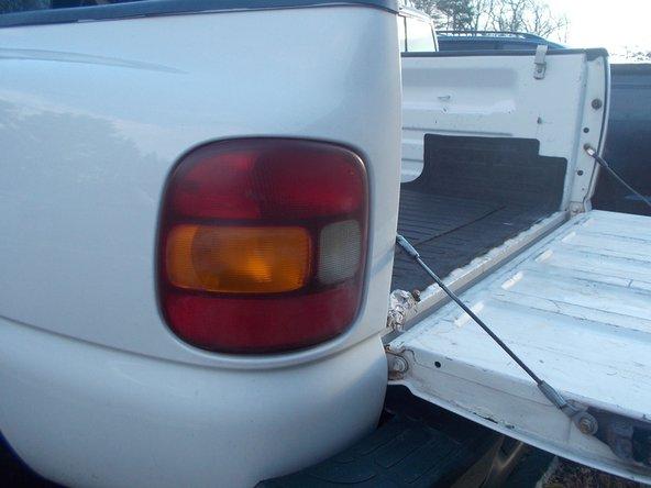 2000 Gmc Sierra Light Replacement