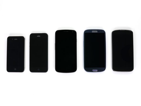 Left to right: iPhone 4S, iPhone 5, Samsung Galaxy Nexus, Samsung Galaxy SIII, LG Nexus 4.