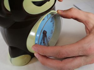 Disassembling Circo Monkey Alarm Clock Clock Face