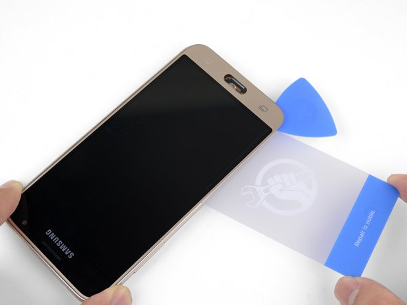 The goal is to separate the AMOLED panel from the frame.